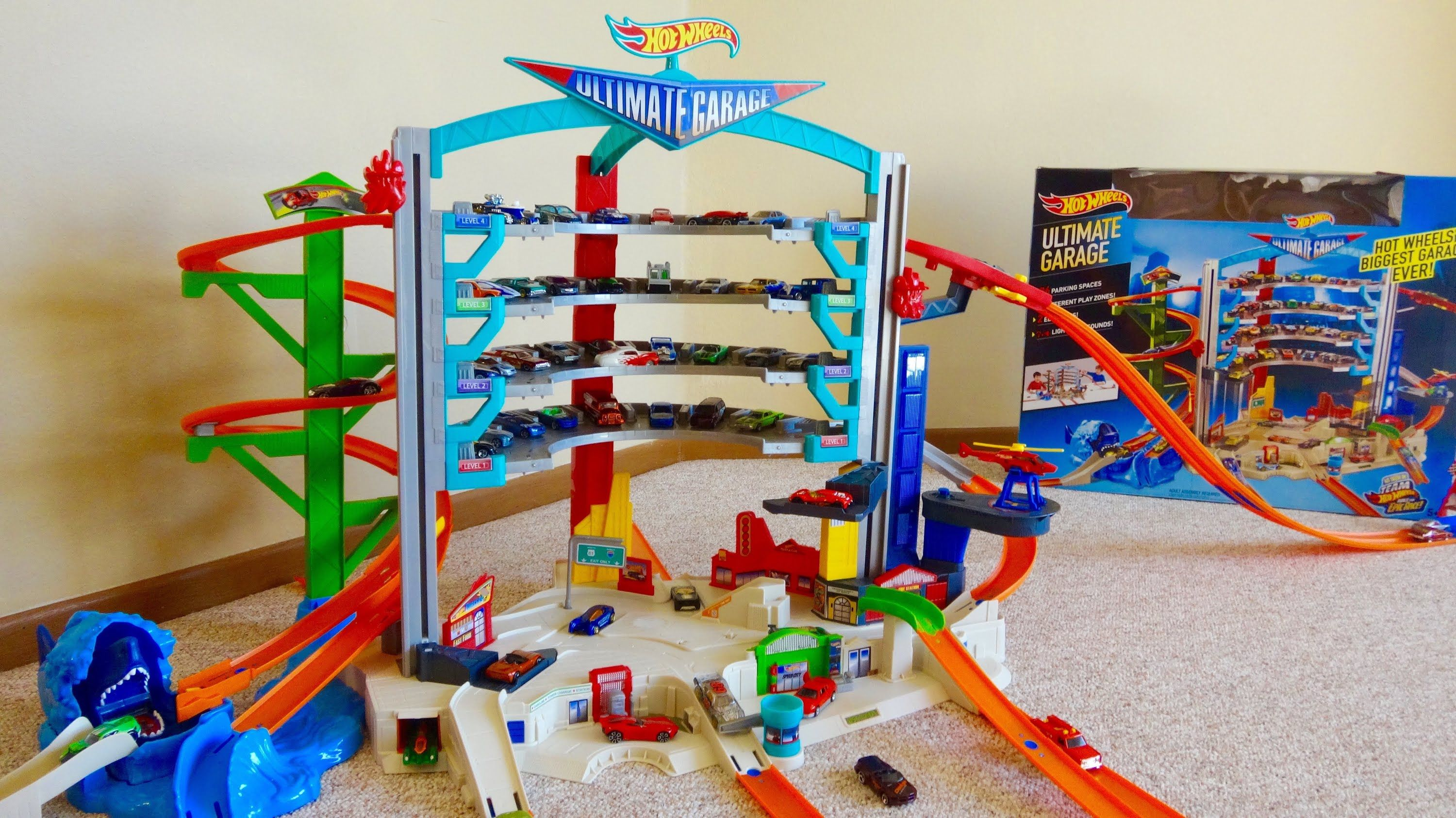Hot Wheels Ultimate Garage Playset With Attack Shark Spiral Ramp