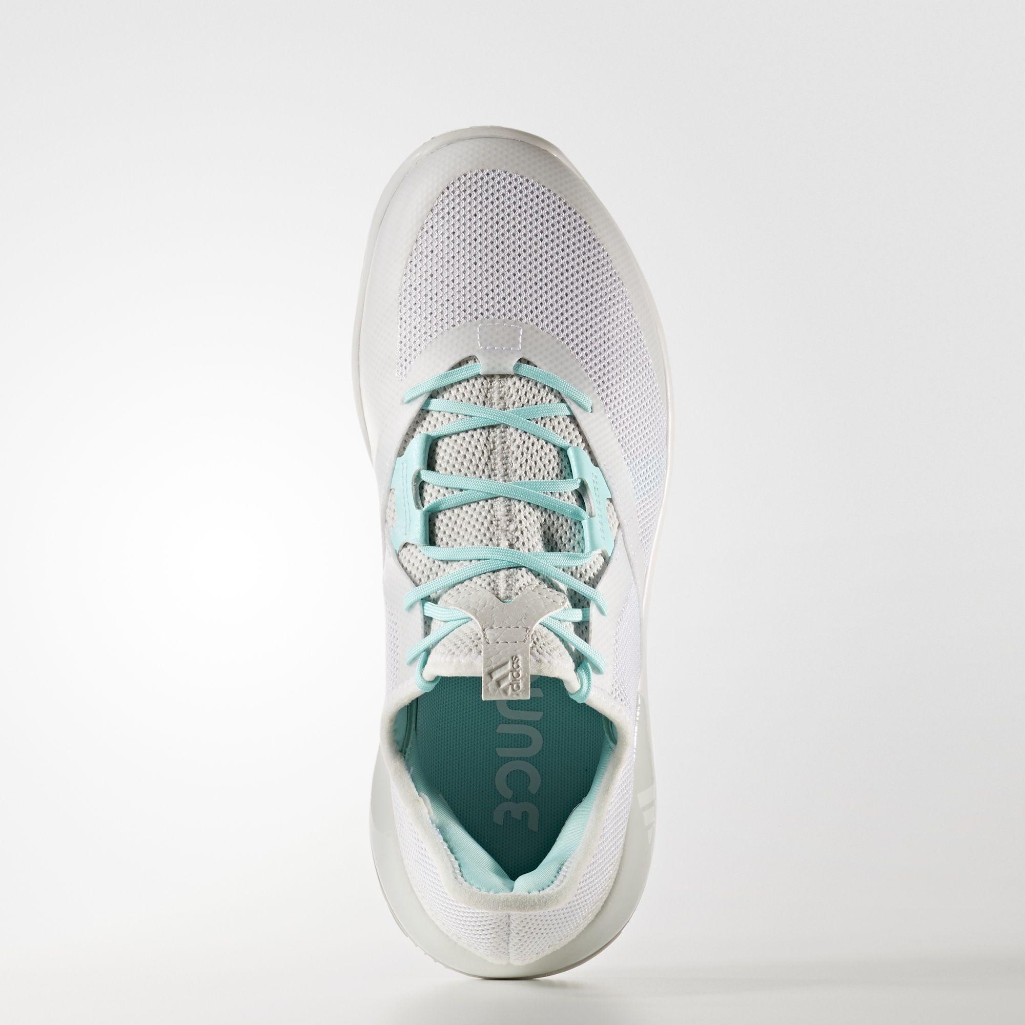 Épinglé par bache melvin sur Détail shoes   Chaussure