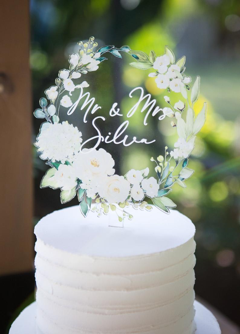 Wedding Cake Topper Floral Wreath Mr Mrs Cake Decoration Etsy In 2020 Wedding Cake Toppers Wedding Cake Toppers Unique Wedding Decorations