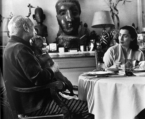 David Douglas Duncan  -   Picasso and Lump. 1957