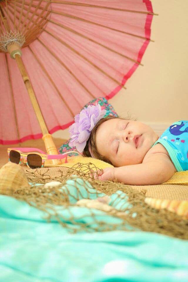 Newborn summer baby photoshoot photography ideas beach sand hirianapr