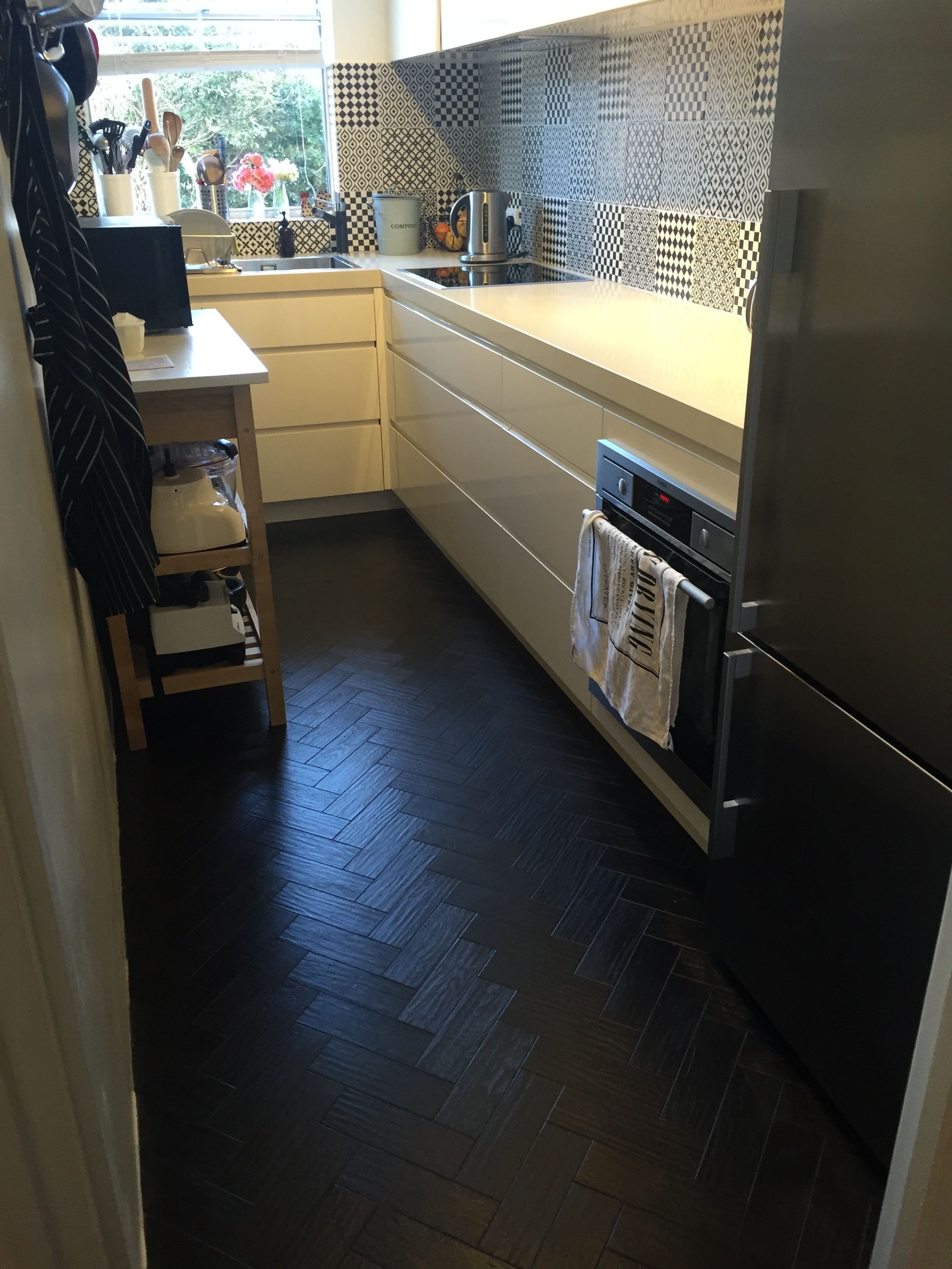 Black herringbone vinyl flooring (With images) Vinyl