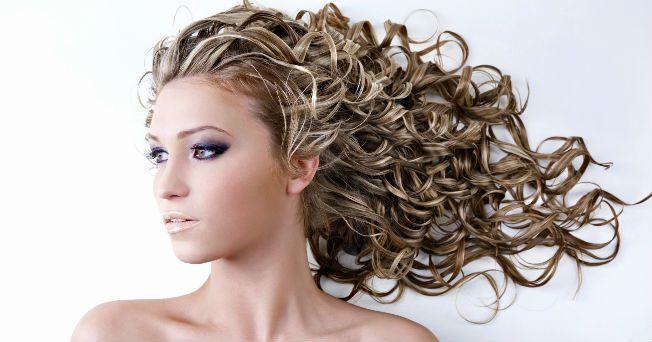 6 hábitos que dañan tu cabello