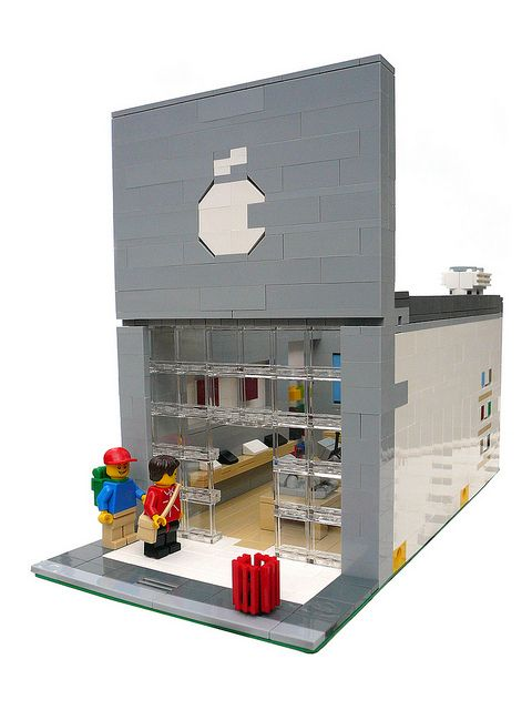 Modular Apple Store to go in your Modular Lego town. | Brick My Life ...