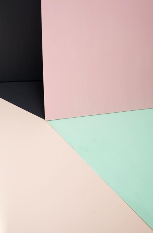 pin von catherine kyrsenko auf colors pastel colors color inspiration und colours. Black Bedroom Furniture Sets. Home Design Ideas