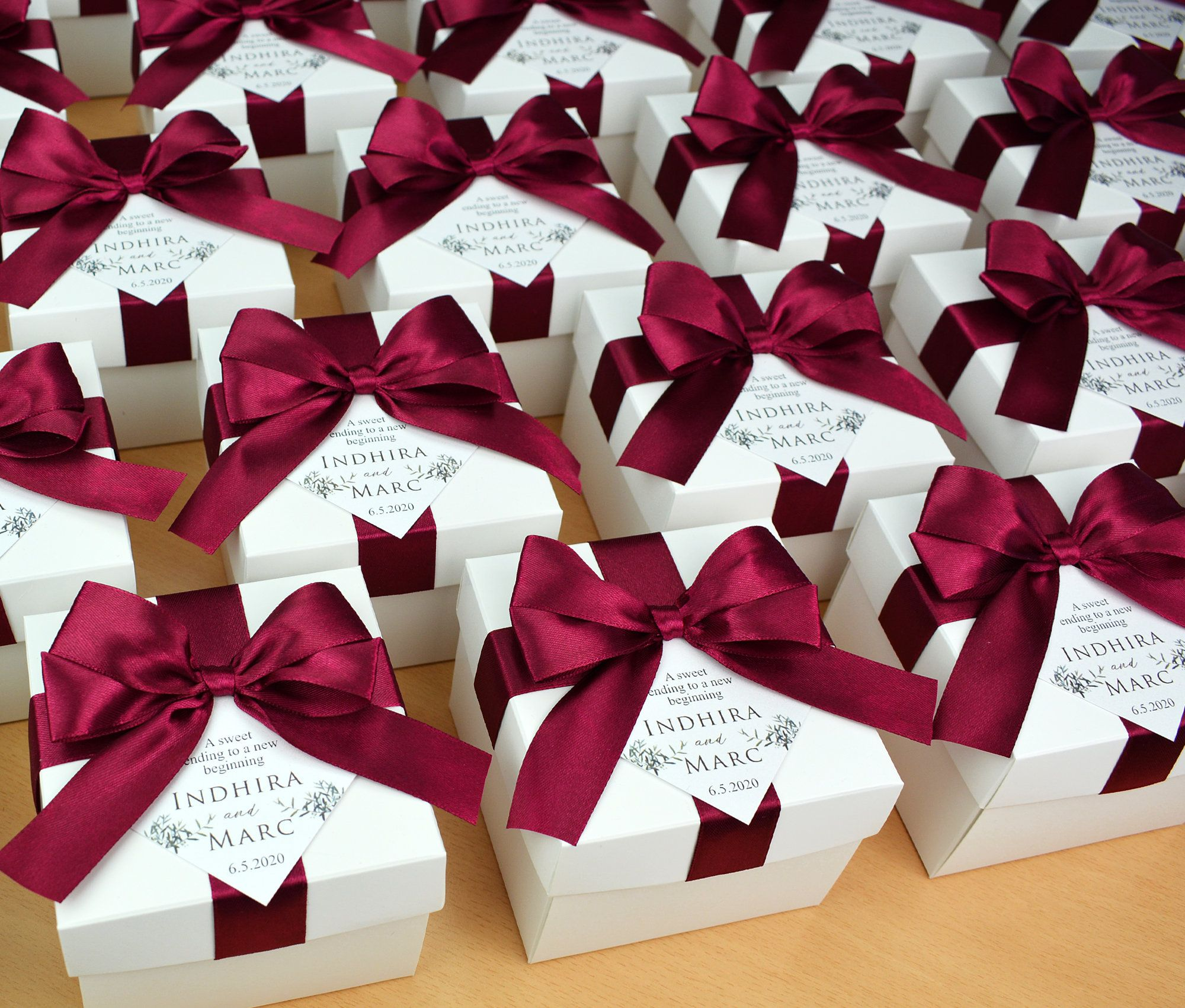 Elegant Wedding Favor Box With Wine Burgundy Satin Ribbon Bow Etsy In 2020 Wedding Favor Boxes Elegant Wedding Favors Wedding Gift Boxes