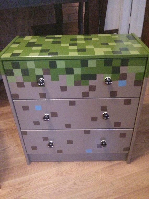 hand painted minecraft 3 drawer chest by artsyfartsi on etsy o room minecraft kinderzimmer. Black Bedroom Furniture Sets. Home Design Ideas
