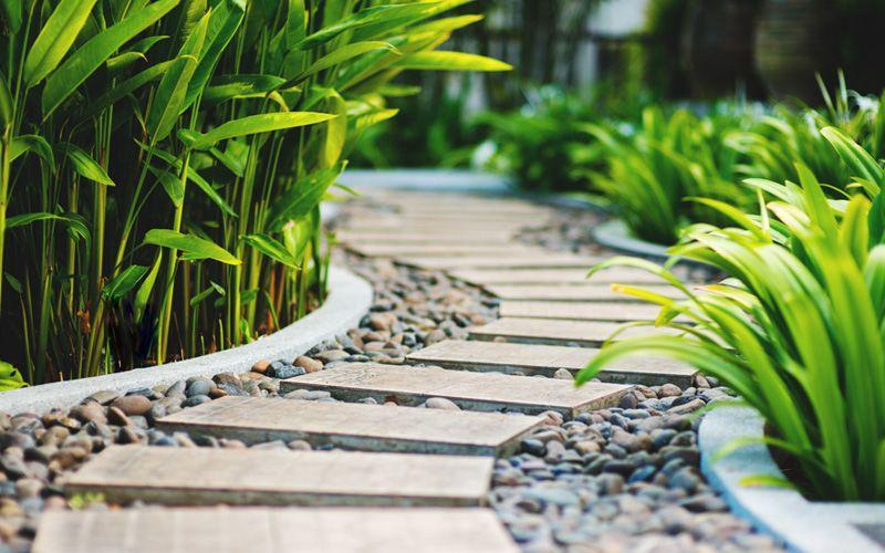15 Garden Path Ideas With Stepping Stones - Garden Lovers Club ...