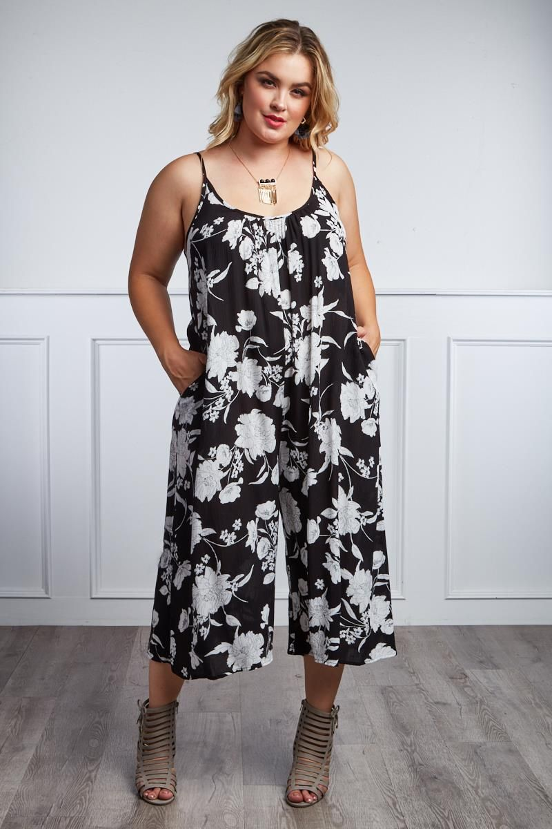 89fb489720 Detail View 2   BLOOM AWAY PLUS SIZE FLORAL CULOTTE JUMPSUIT