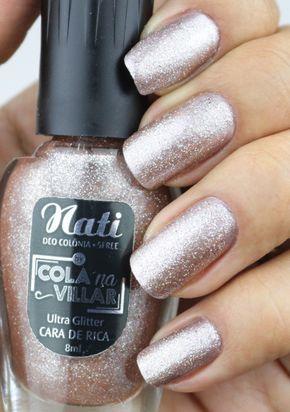 f851bba9a Esmalte Glitter da Cola na Villar - Cara de Rica Esmalte Nude com muito  glitter que