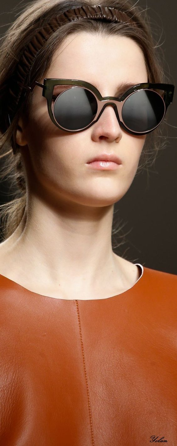3e73ab3c58d40 Pin by Piida Diida on Eye Couture   Pinterest   Rust and Couture