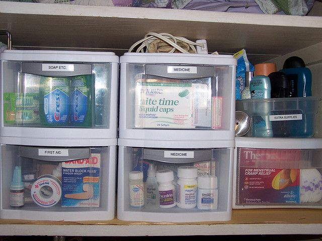 New Drawers in Linen Closet #organizemedicinecabinets