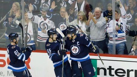 Blake Wheeler S 1st Period Hat Trick Leads Jets Demolition Of Pens Cbc Sports Demolition Winnipeg Jets Pittsburgh Penguins