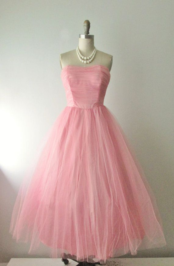 50\'s Prom Dress // Vintage 1950s Strapless Coral Pink Tulle Full ...