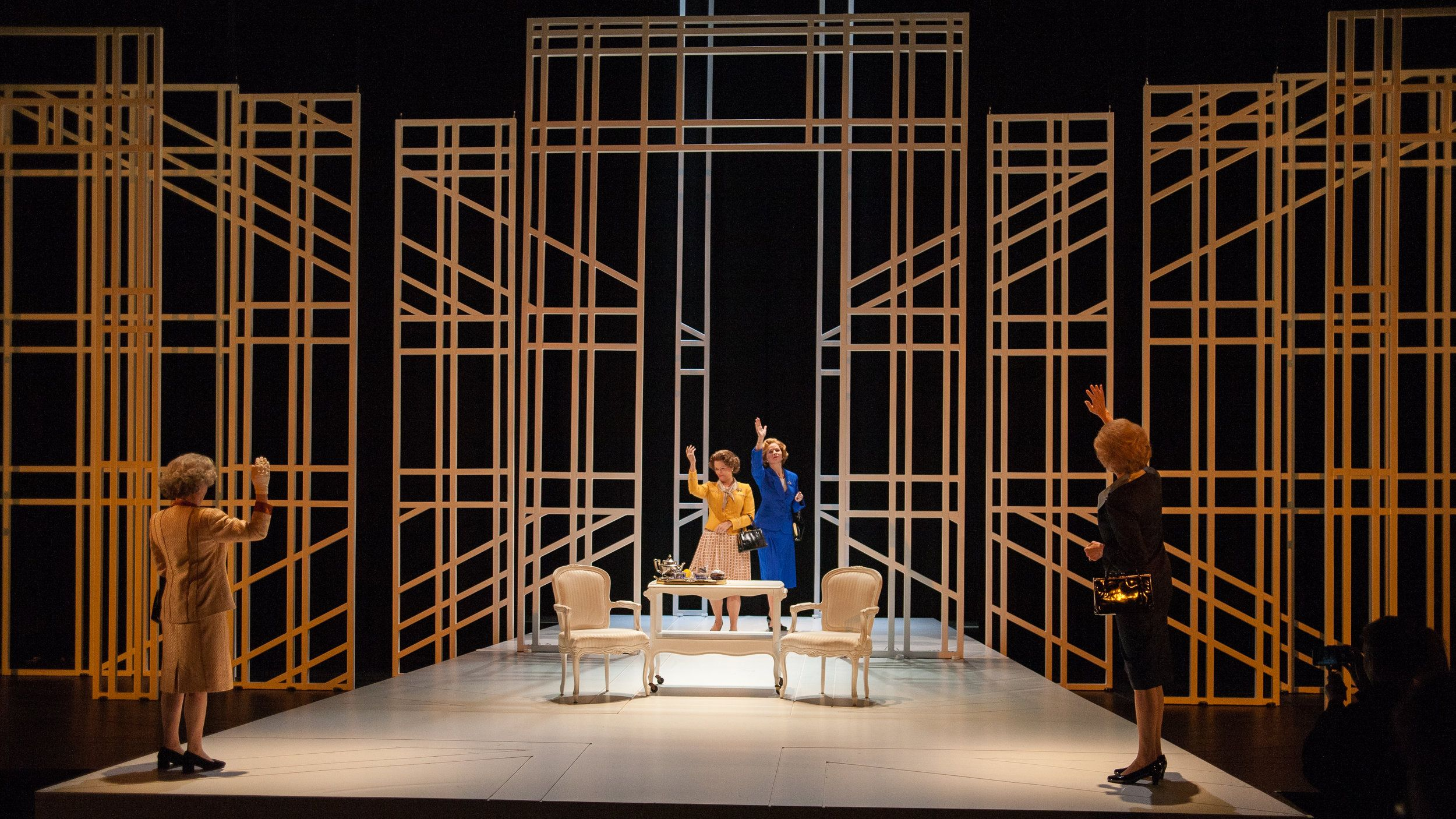 Handbagged round house theater 2018 by moira buffini indhu