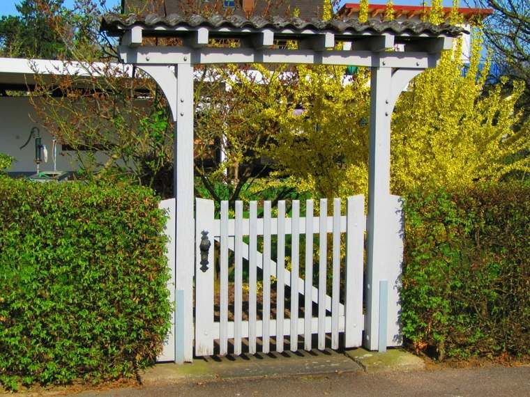 Portillon de jardin : 50 idées pour votre extérieur | Garden ...
