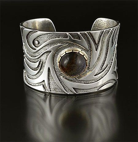 Silver 14K Agate Bracelet by Jared Chavez San Felipe Jewelry