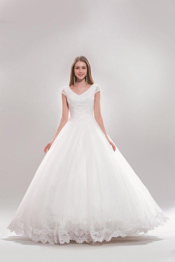 Cap Sleeve Princess Ballgown Plus Size Wedding Dress Ab6722