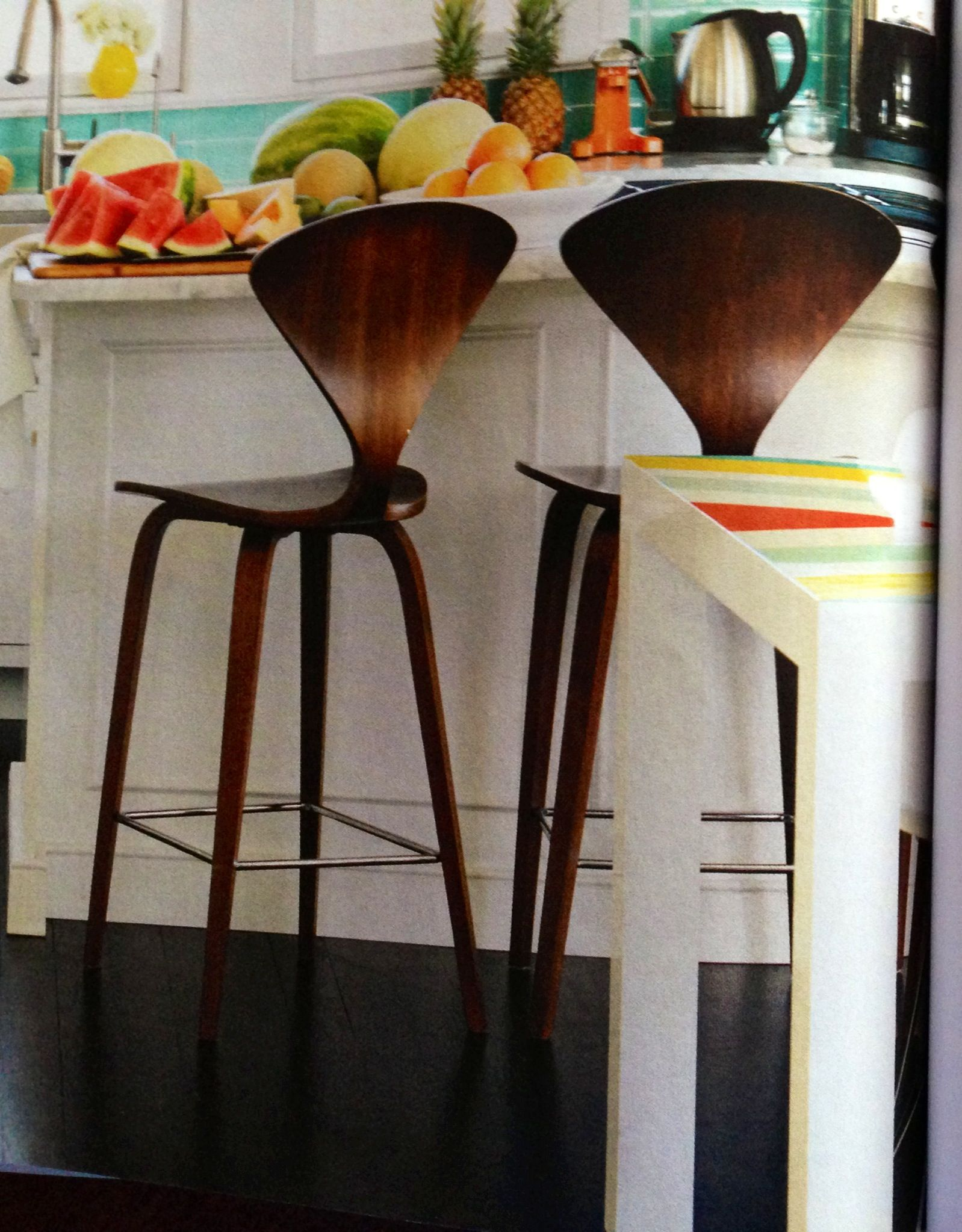 Breakfast/bar stools