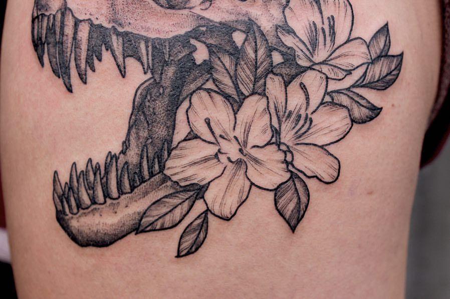 Pin By Amber Iske On Art Drawings Blackwork Tattoo Tattoos Ink