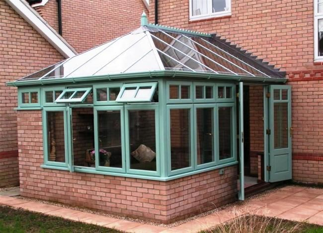 http://www.vivaldi-conservatories.co.uk/hardwood-conservatories-northamptonshire.html
