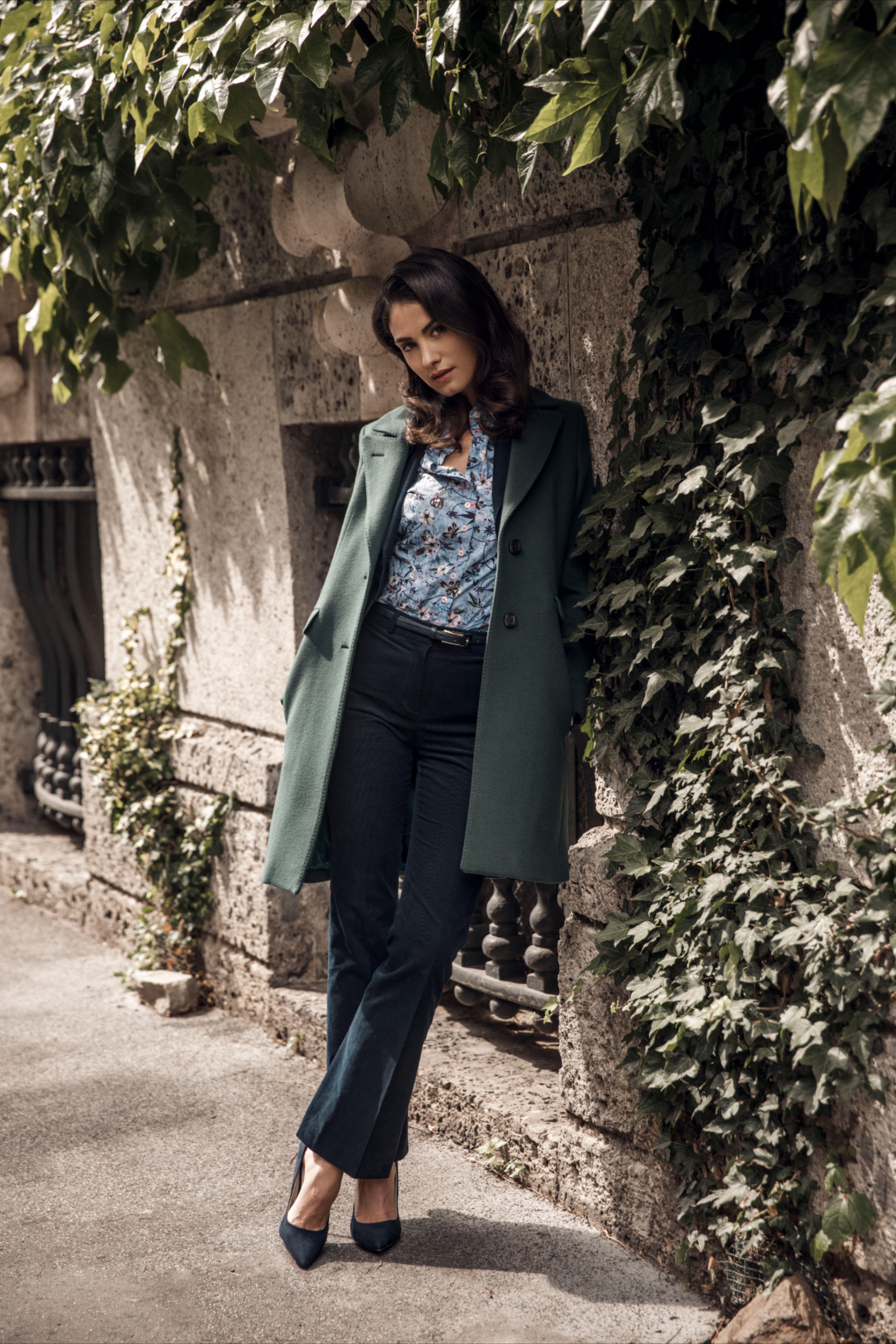 Beautiful Italian women's coat Cavallaro Napoli in 2020
