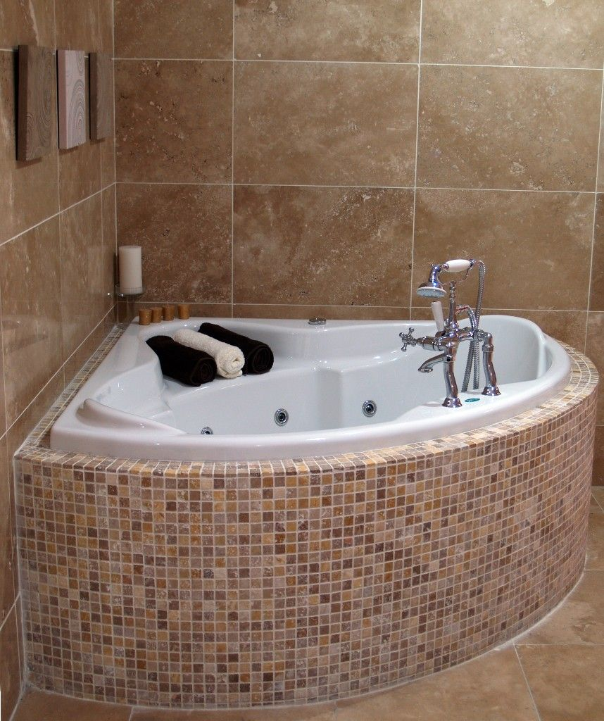 Deep Tubs For Small Spaces | Why Use A Deep Tub For Small Spaces ...