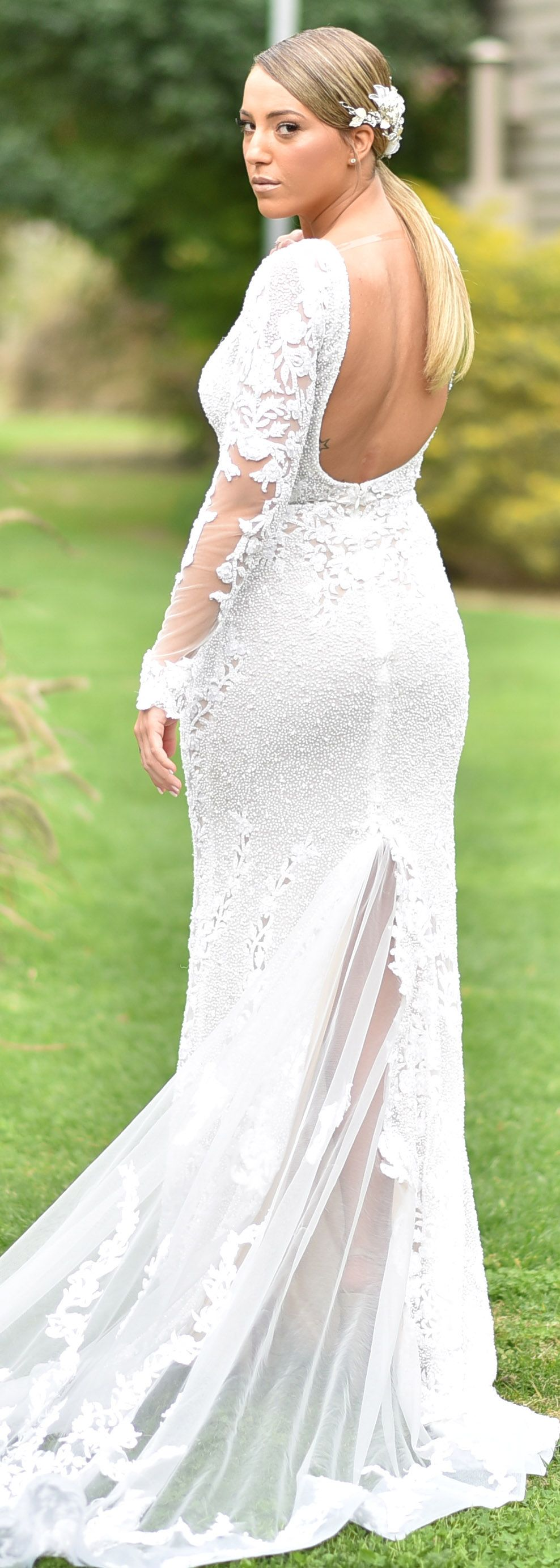 Berta Kim >> Berta Bride Kim Oster Looking Lovely In Berta Style 17 135 Berta