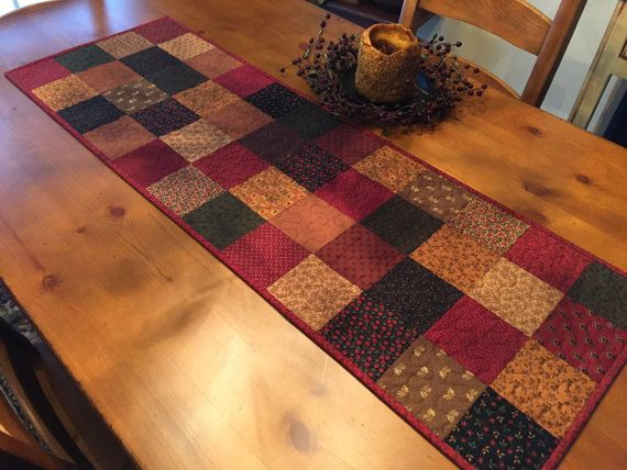 Merveilleux Quilted Table Runner /Country Quilt / Primitive / By QuiltedByVal