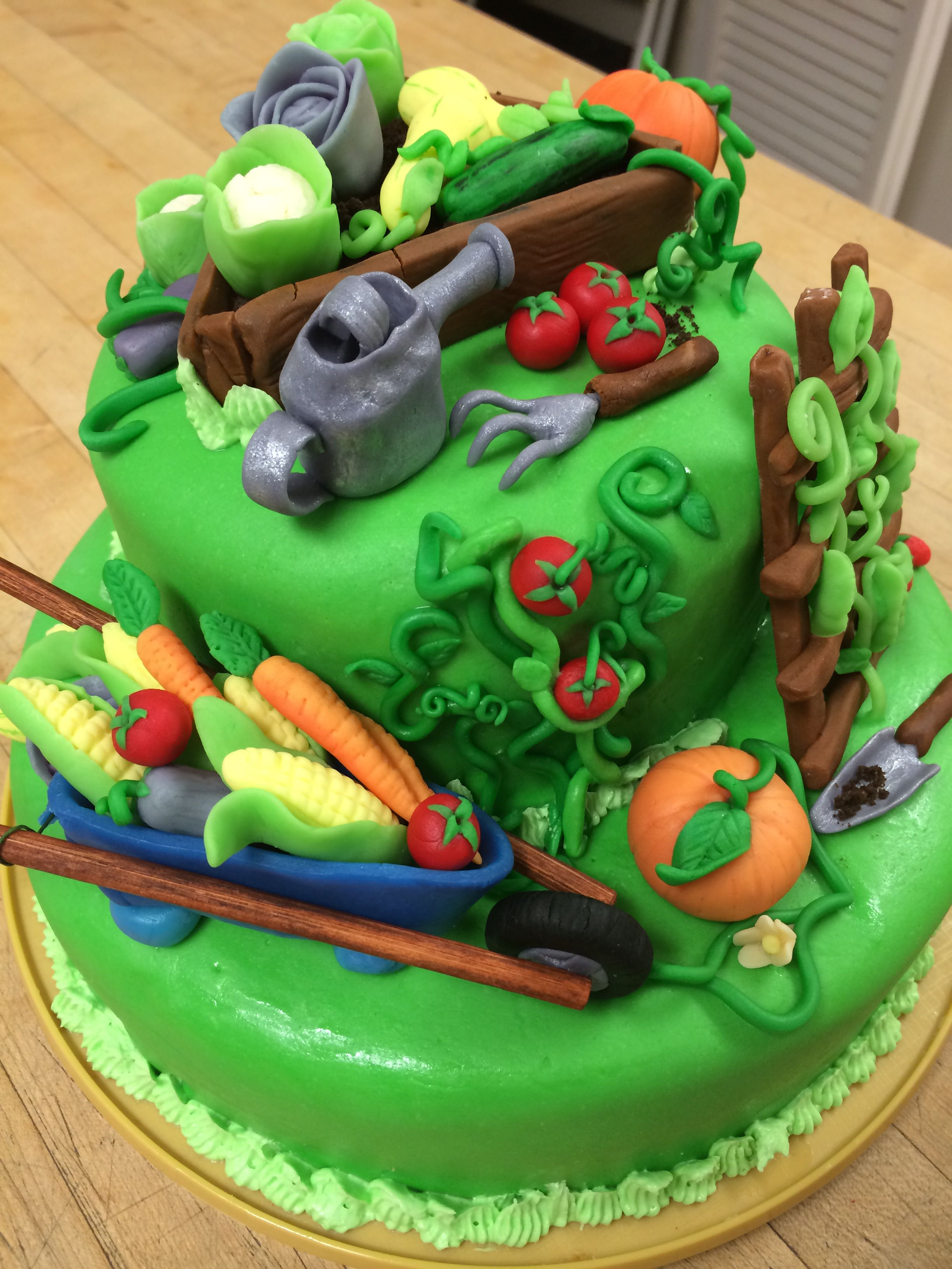 Another view of the vegetable garden cake my fondant for Vegetable garden cake ideas