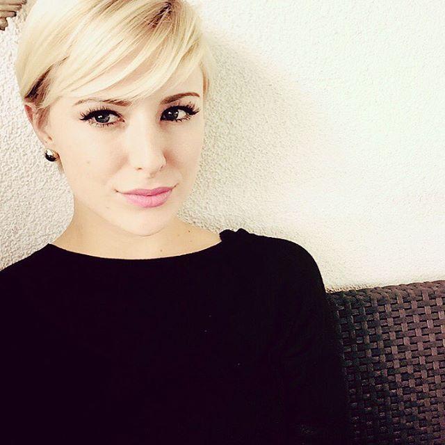 Kurze Haare in wunderschönen Blondtönen ... Speziell für unsere Blondfans … 10 tolle Kurzhaarfrisuren! - Neue Frisur