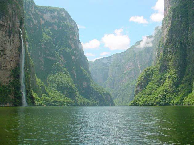 Sumidero Canyon Chiapas  Photo Corinne Lambert Vallet