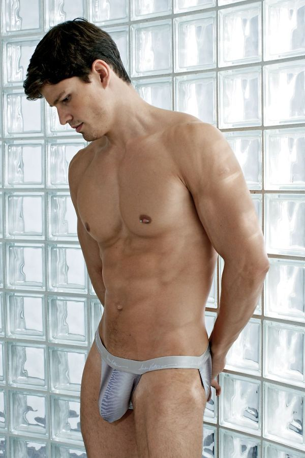 Sexy gay abercrombie hunk