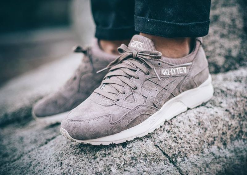 8fa4eb067cc1 Asics Gel Lyte V 5 Suede Grise  Light Taupe  (homme)