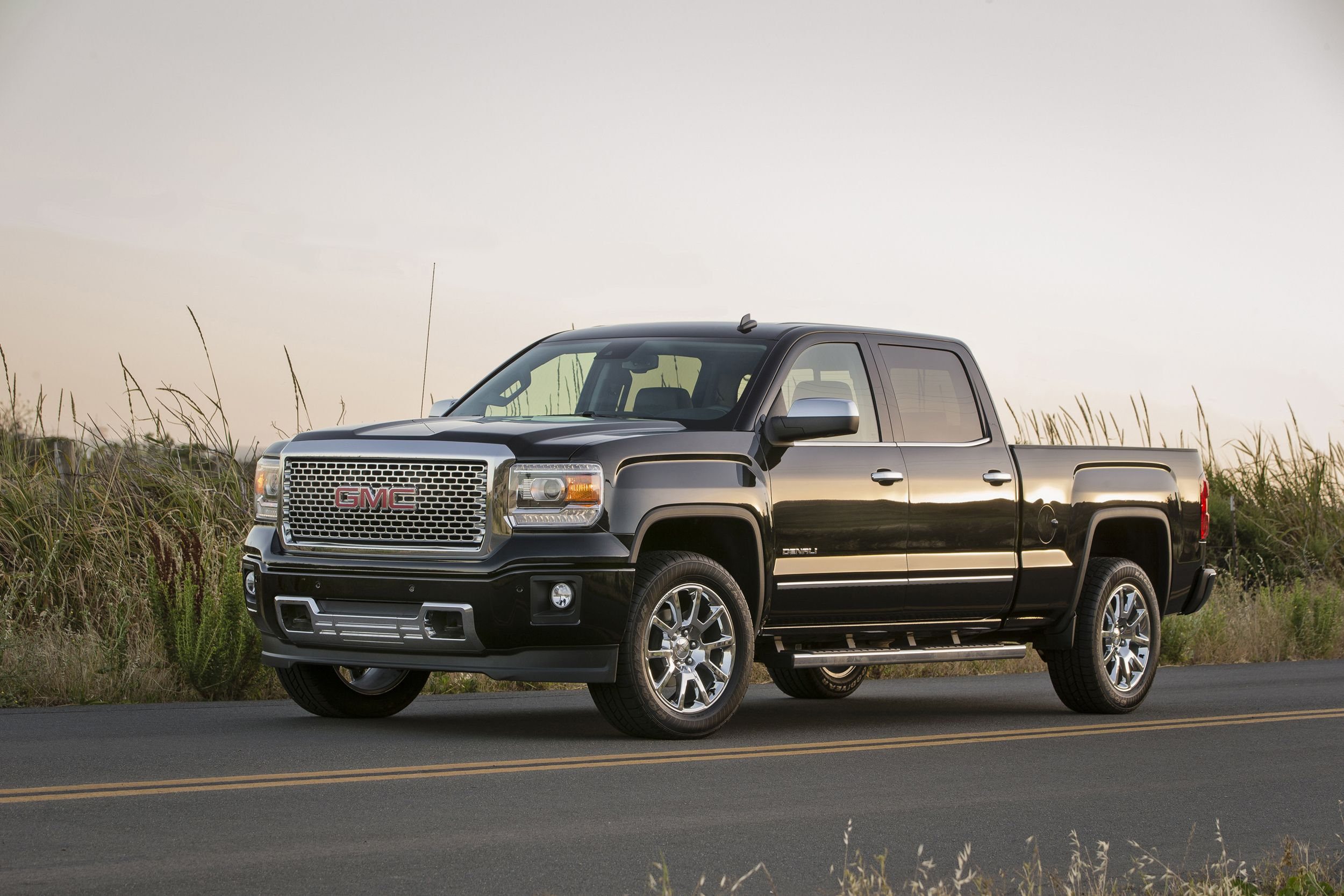 2015 Gmc Sierra 1500 Denali Gmc Fuel Efficient Trucks Best