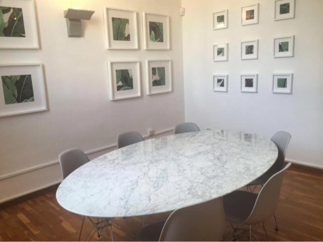Resultado de imagen para mesa tulip ovalada marmol
