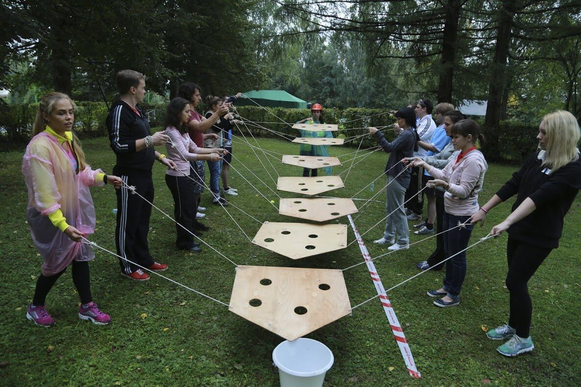 14++ Youth group games outside inspiration