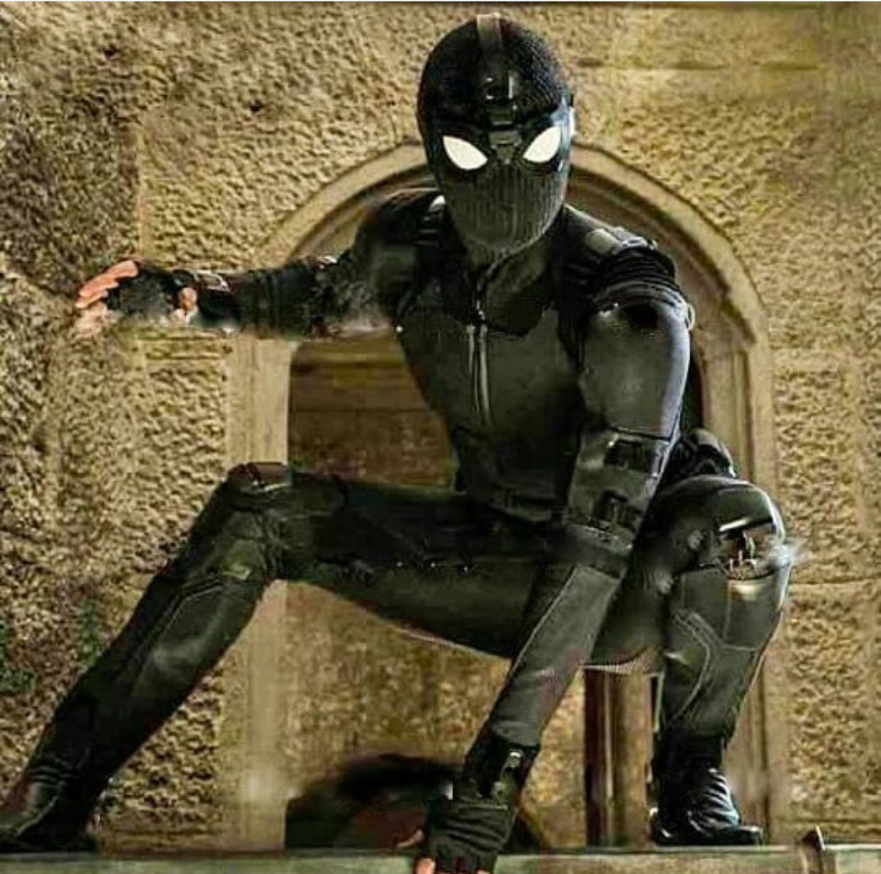 Spider Man Far From Home Stealth Suit Aka The Comfy Suit According To Tom But I Love It Soo Much Marvel Spiderman Stealth Suit Spiderman Homecoming