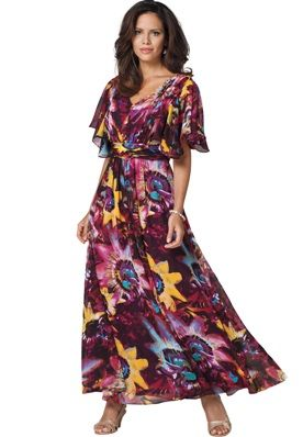 Plus Size Maxi Dresses With Sleeves - Get this plus size maxi dress with sleeves at onestopplus.com. #PlusSizeMaxiDressWithSleeves