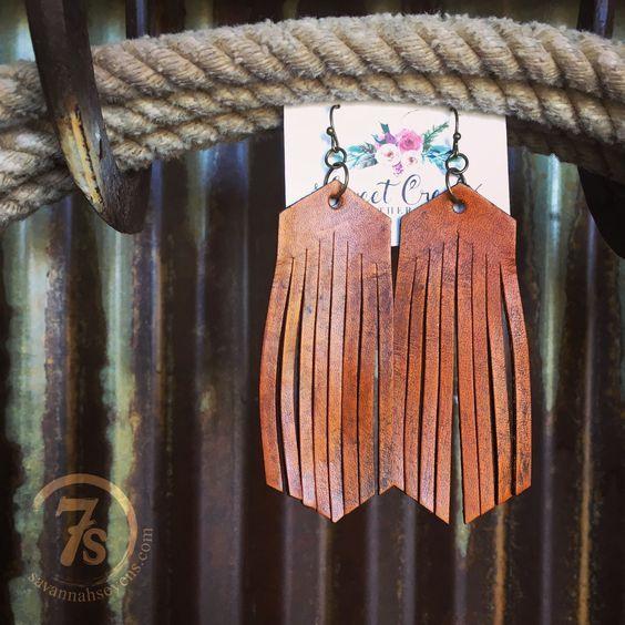 Photo of italian leather jewelry roll #leatherjewelry #leatherjewelrydesigner #leatherjew…