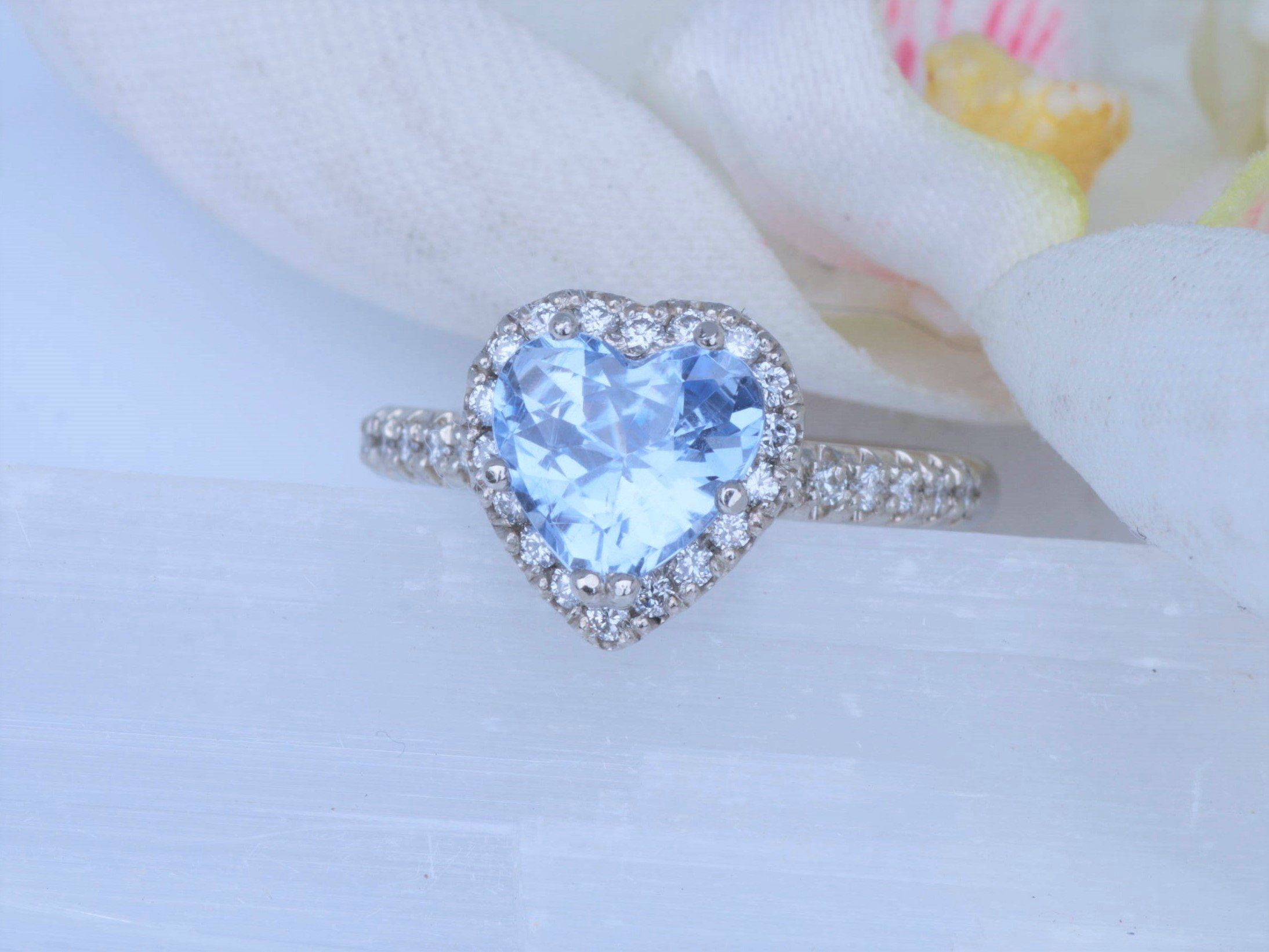 sparkle mumbaistockholm so product petite sapphire solitaire tiny not blue light