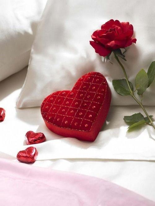 BEAUTIFUL HEART VALENTINE BOX!