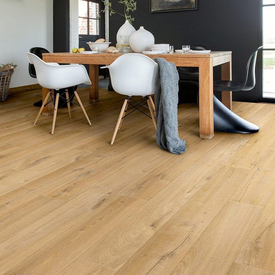 Harðviðarval Oak laminate flooring, Laminate flooring in