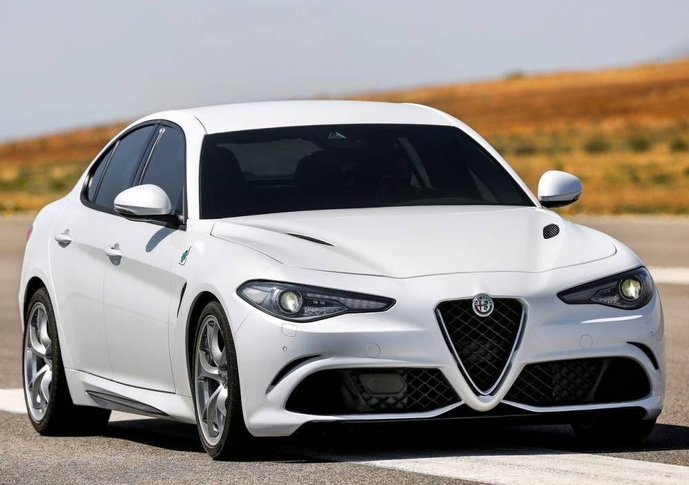2017 Alfa Romeo Giulia Front View White Color Grille And Badges Alfa Romeo Giulia Quadrifoglio Alfa Romeo Giulia Alfa Romeo