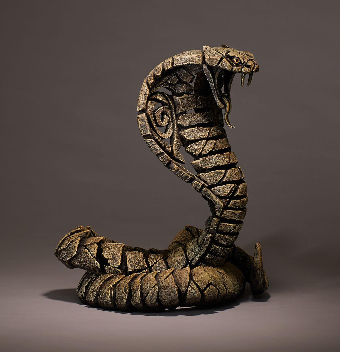 ED11D-1-Desert-Cobra.jpg (1181×1222) | sculpture/ toys/action ...
