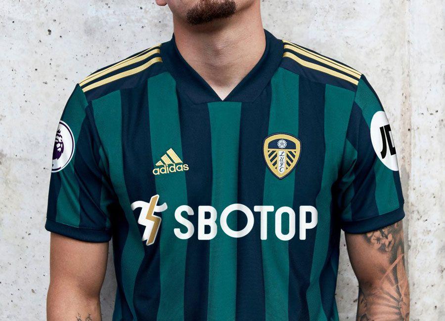 for Leeds United Fans Navy Leeds Back In The Premier League 2020//21 T.shirt