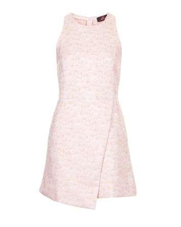 Vestido con estampado de flores y falda asimétrica, Topshop - InDigital Images / Cortesía de las marcas