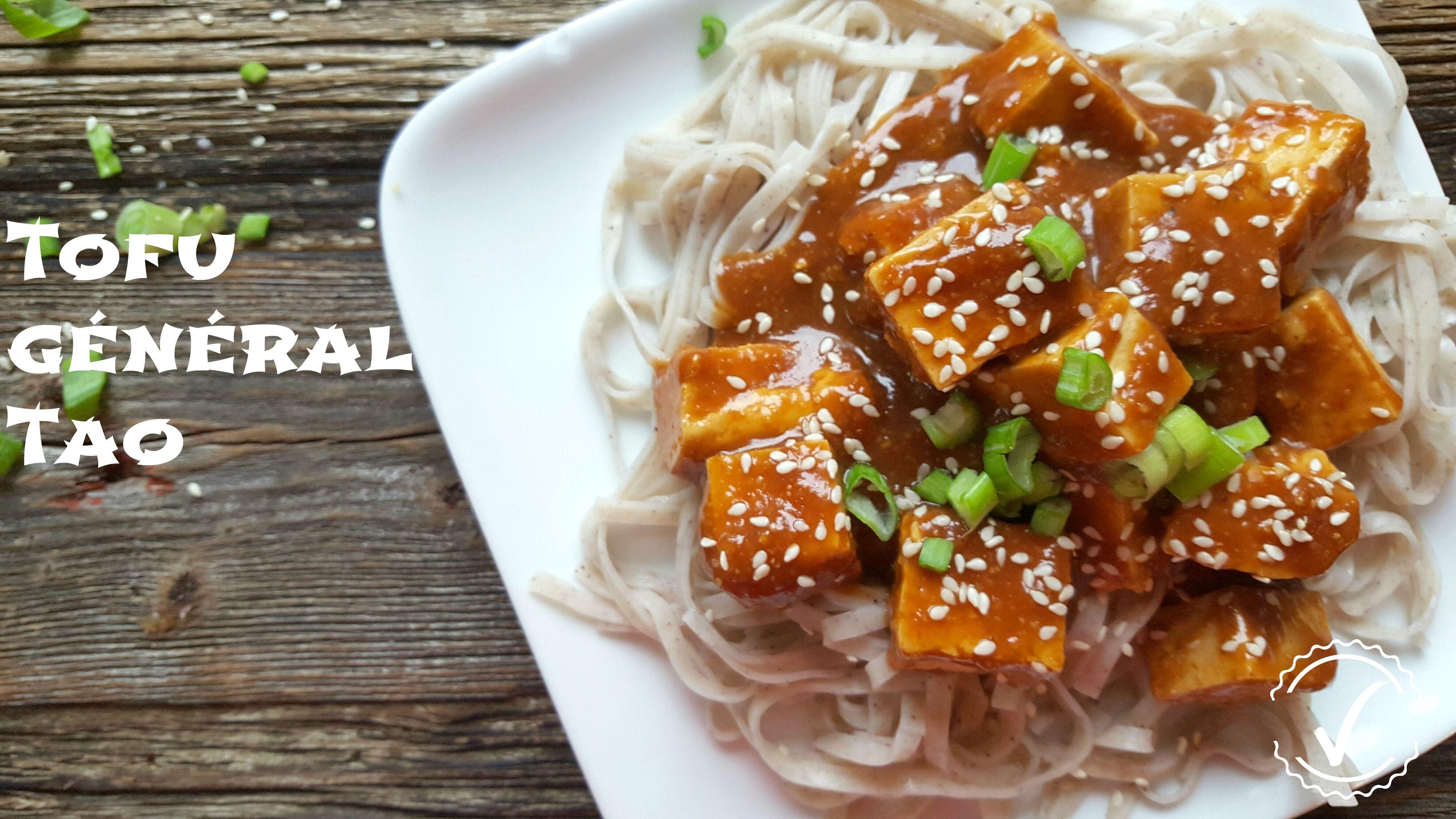 Un recette idéale pour vous réconcilier avec le tofu. Voici un Tofu Générale Tao sur lit de pâtes Konjak.