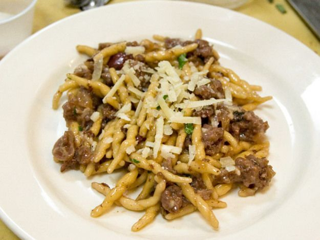 Andrew Carmellini's Strozzapreti with Sausage, Grapes, and Red Wine | Serious Eats