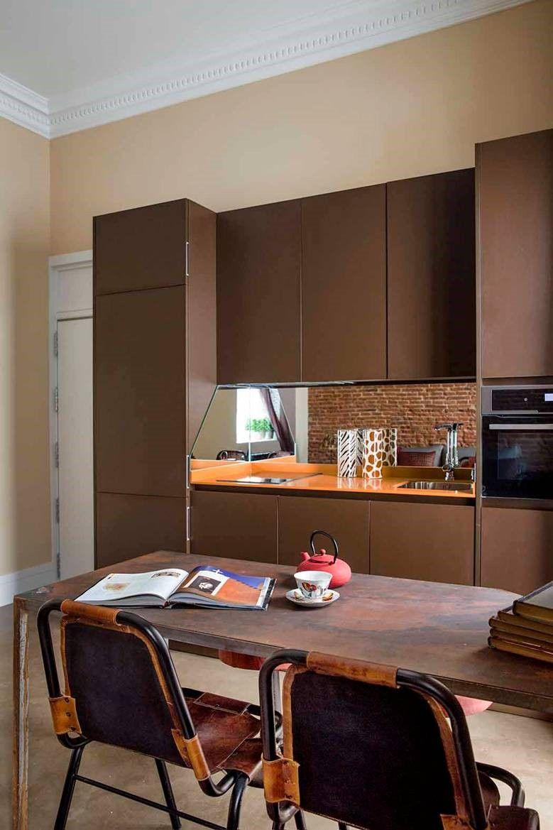 COCINA - Un sótano de 40 m² convertido en una acogedora vivienda ...